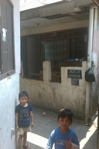 Jakarta-Back-Street-Children.jpg
