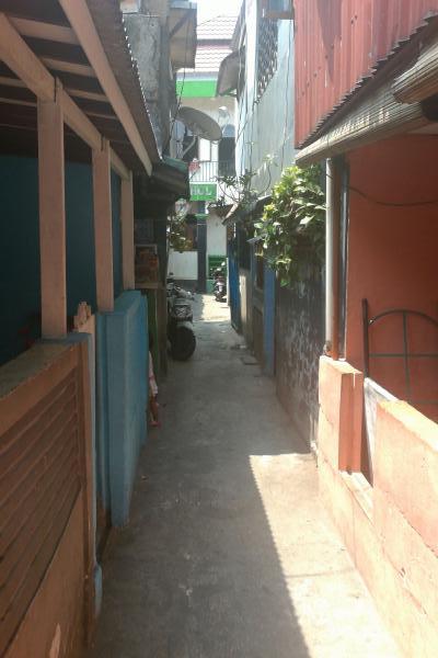 Jakarta-Back-Street.jpg