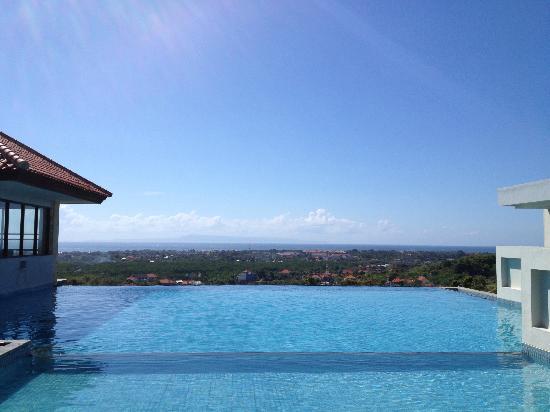 swiss-belhotel-bay-view-pool.jpg